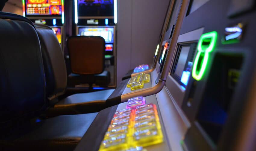 Jak oszukac automaty do gry w salonie?