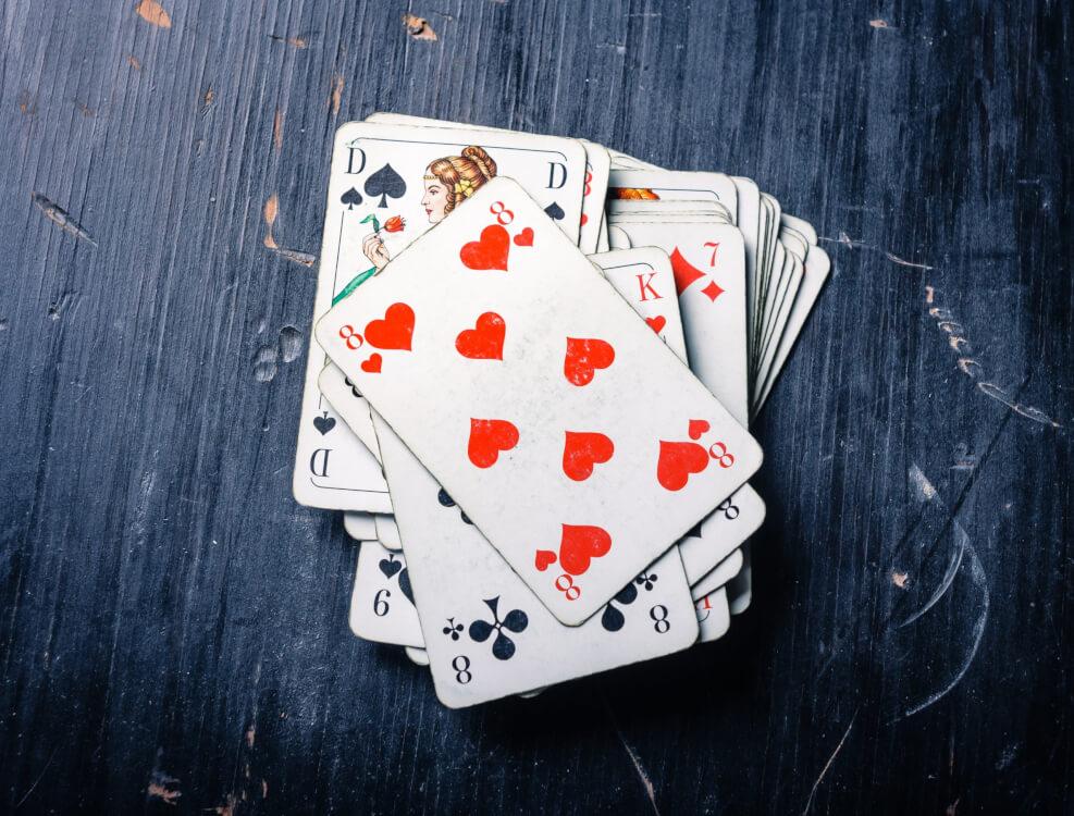 zakłady na gry karciane